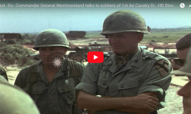 General Westmoreland talks to soldiers of 1st Air Cav